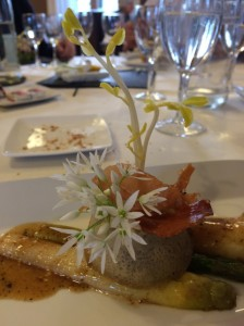 Wild garlic and Asparagus, l'orangerie, asparagus, wild garlic