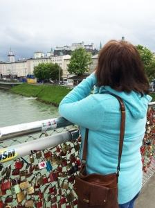 Pedestrian bridge over the Salzbach river.